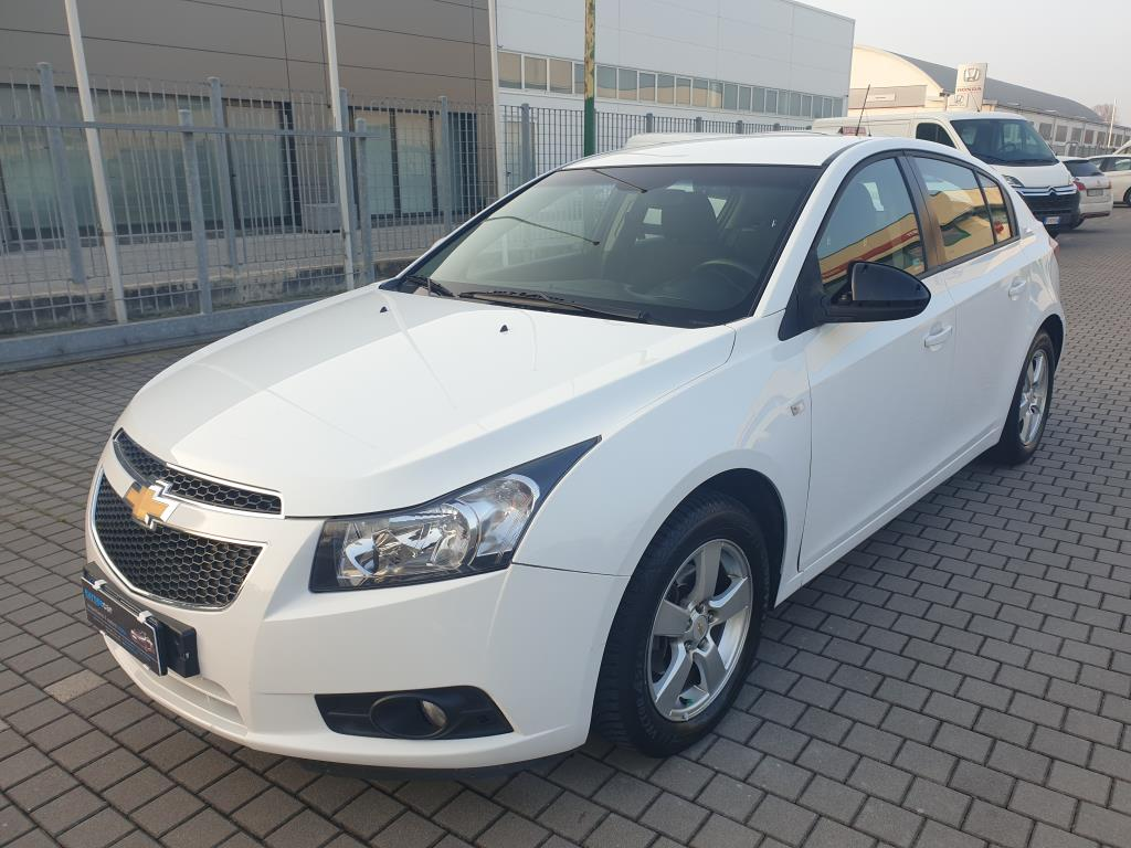 CRUZ 1.8 BENZINA GPL BERLINA 2012